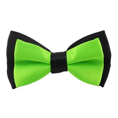 Tofarvet grøn børnebutterfly