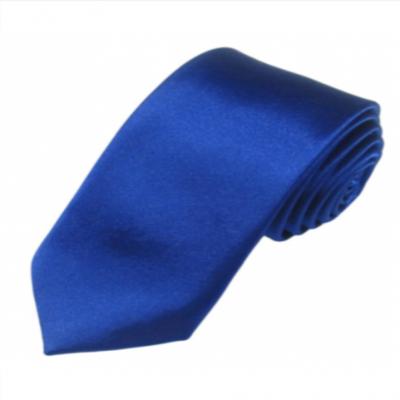 Blåt bredt slips