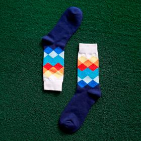 Blå sokker med mønster